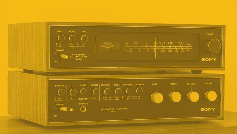 stockvault-vintage-radio-and-amplifier207403_SITE780.jpg